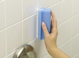 comment bien nettoyer votre baignoire baignoire ilot. Black Bedroom Furniture Sets. Home Design Ideas