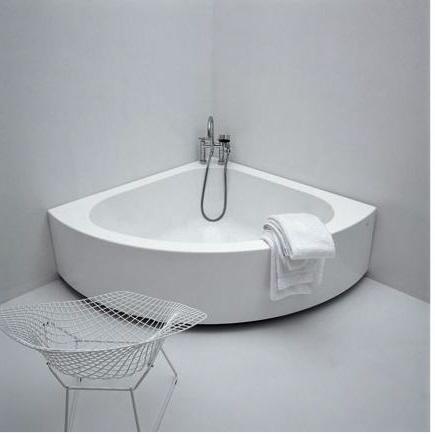 Dans quels cas devez vous choisir une baignoire d 39 angle for Hauteur d une baignoire d angle